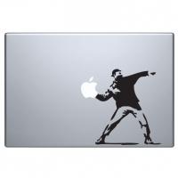 виниловая наклейка на macbook хулиган с молотовым