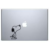 наклейка на macbook Нюхающая собачка